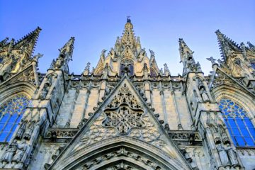 Visit Barcelona Cathedral on our Tapas and History tour