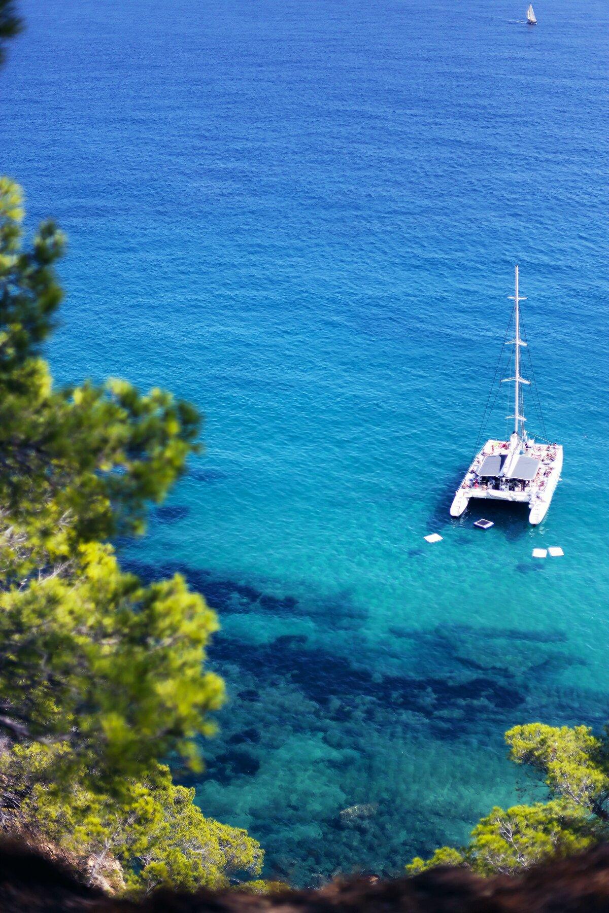barcelona boat trips catamaran costa brava